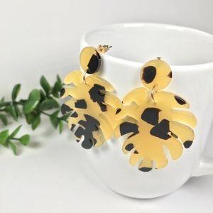 Tortoise Shell Leopard Leaf Dangle Drop Earrings